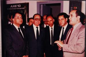 3-cette photo réalisée en novembre 1986 lors de la mise en service simultanément  des centraux Nations-Unis et Maarif ayant contribué à l'amélioration spectaculaire de la qualité de service à Casablanca.