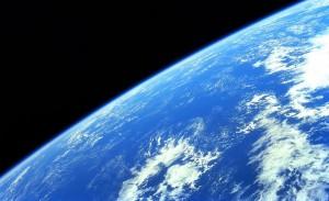 Terre-vue-de-lespace-1024x628
