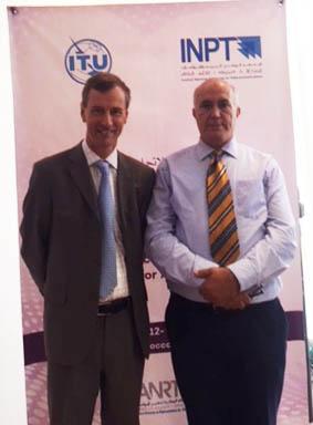 David Rogerson expert de l'UIT avec Khaouja Ahmed